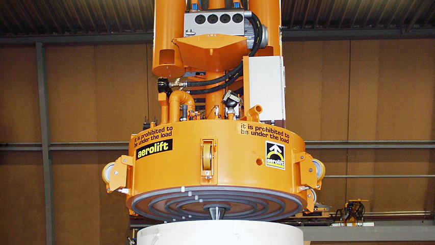 Vacuüm heftoestellen voor het heffen van papierrollen in geautomatiseerde papierfabrieken, geproduceerd door MHZ