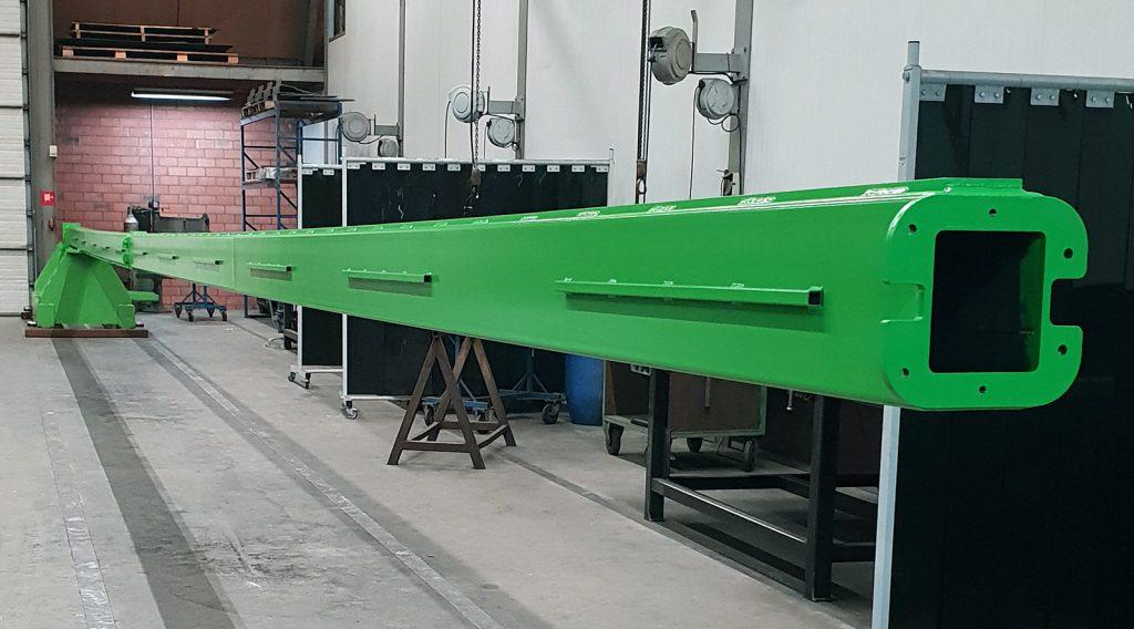Productie van een pre-heather beam door machinefabriek MHZ